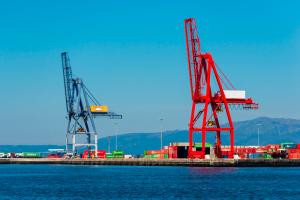 contenedores para transporte marítimo